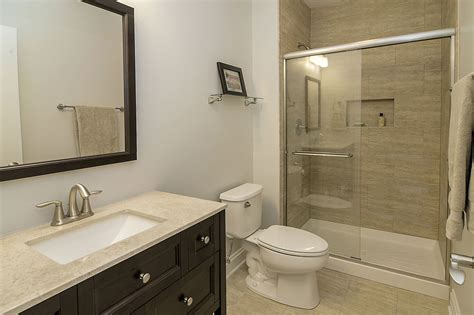 Hall Bathroom Ideas by Steve Amp Emily S Hall Bathroom Remodel Pictures Home