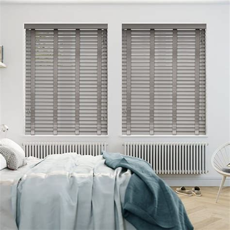 Wooden Slat Blinds by 25 Best Ideas About Wooden Slat Blinds On