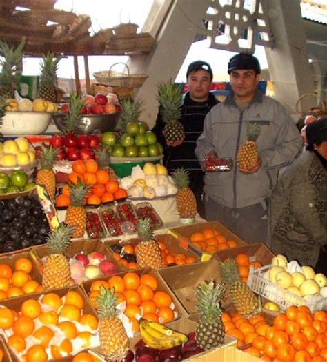 uzbek fruit and vegetables bazaars in uzbekistan the alayskiy bazaar in tashkent bazaars in tashkent