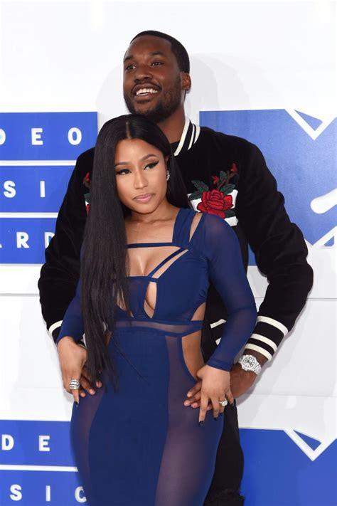 nicki minaj  meek mill break  rapper confirms split   boyfriend begs  love