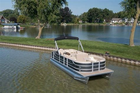 luxury boat rentals lake norman rent a tube on lake norman picture of lake effects boat