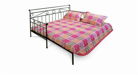 was ist ein tagesbett nostalgisches tagesbett aus metall 80x200 cm plata