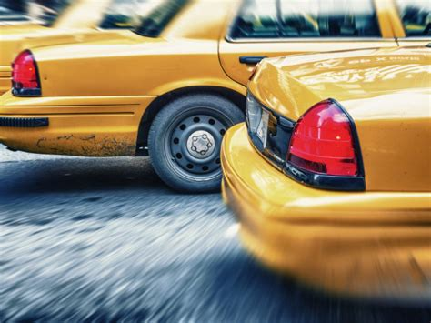 Taxi Driver Insurance: What Happens If In an Accident