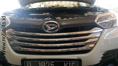 New Ayla 2017 List Grille Depan Tengah Jsl Middle Trim Chrome list grill radiator great new xenia no limits