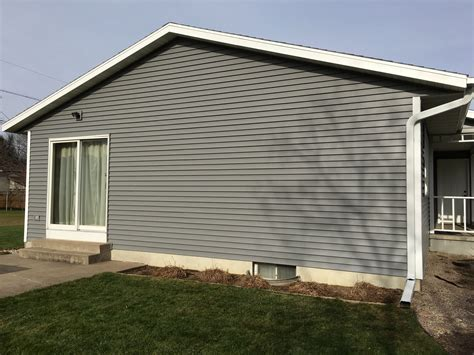 replace siding on house replace house siding 28 images how to install vinyl siding on a house vinyl