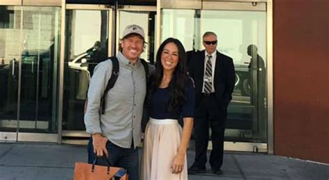 joanna gaines facebook fixer upper hosts pastor responds to buzzfeed s public