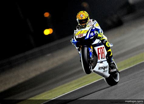wallpaper laptop valentino rossi valentino rossi background hd free high definition