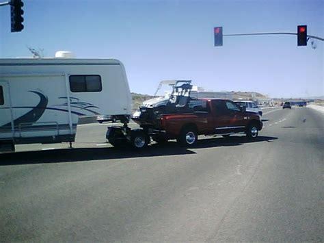 5th wheel tow dolly model 10 standard fifth wheel wrecker boom towing a semi
