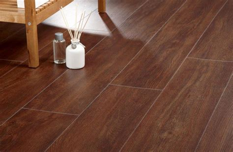 wood effect vinyl flooring for most luxury home interiors