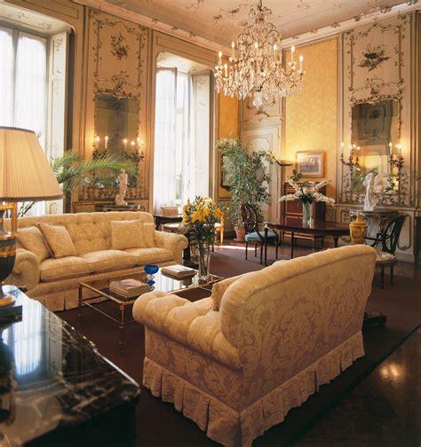 divano stile inglese divani classici tante idee per arredare il tuo salotto in