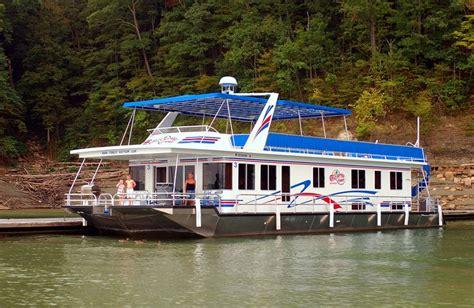 lake cumberland boat rentals kentucky best 25 lake cumberland houseboat rentals ideas on