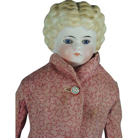 parian shoulder head doll antique parian type glass shoulder doll orig