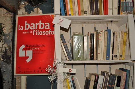 foto di librerie galleria foto bari vecchia le librerie temporanee