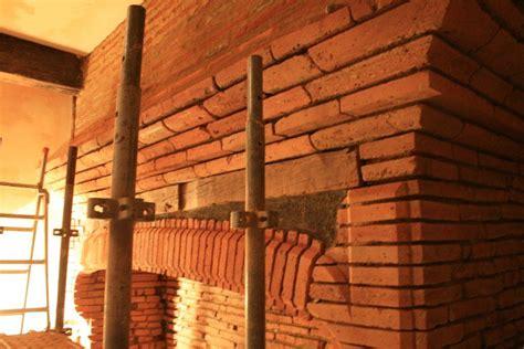 cheminee en brique chemin 233 e toulousaine en briques cantou artisan