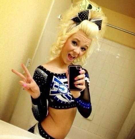 cheerleader hairstyles images you wanna be ece c h e e r pinterest her hair to