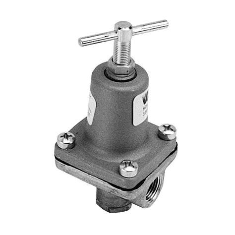 water pressure regulator watts 3 8 lf26a 10 125 equivalent 3 8 quot fpt water pressure regulator valve 10 to 125 psi range
