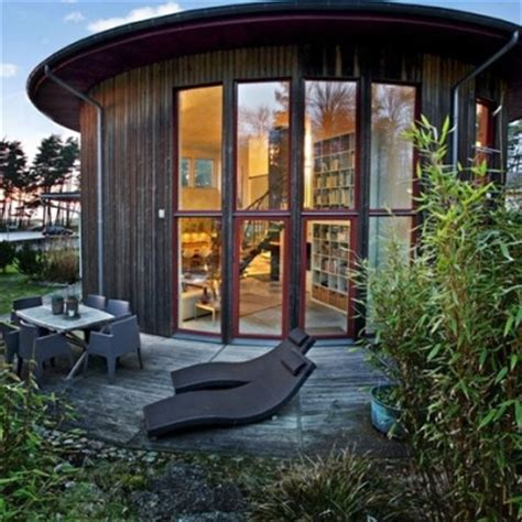 round houses the benefits of round houses round house