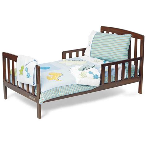 toddlers and toddler beds