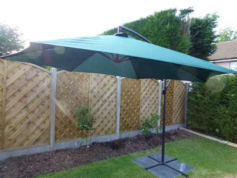 patio parasols uk uk gardens 3m green cantilever hanging garden parasol