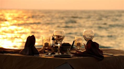 Best Places For A Successful Date by Top 10 Restaurants For Candle Light Dinner In