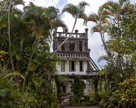 Tropical Jungle paronella park a castle in the tropical jungle
