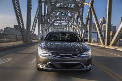 chrysler 200 dimensions 2016 chrysler 200 technical specifications and data