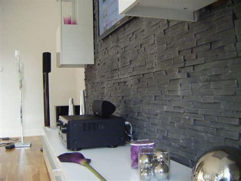 wohnzimmerwand schwarz weiß kinderzimmer grau