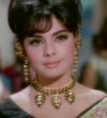 mumtaz film actress movies top ten bollywood films of famous indian actress mumtaz