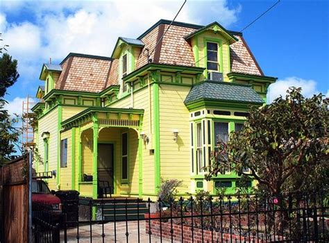 light green exterior house paint color quecasita