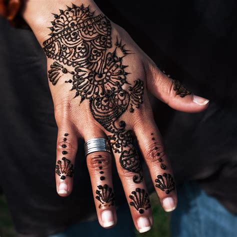 famous henna tattoo artist professional henna artists for hire in epic