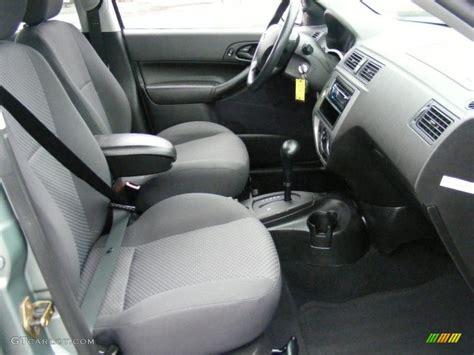 flint light flint interior 2005 ford focus zx5 se