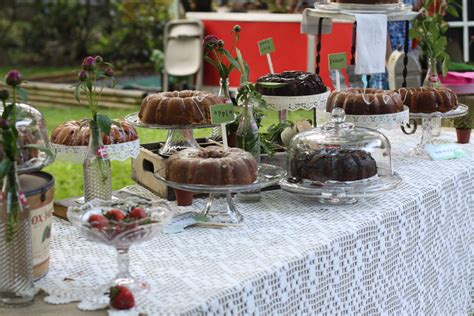 backyard bbq wedding capitol inspiration backyard wedding diy details from a