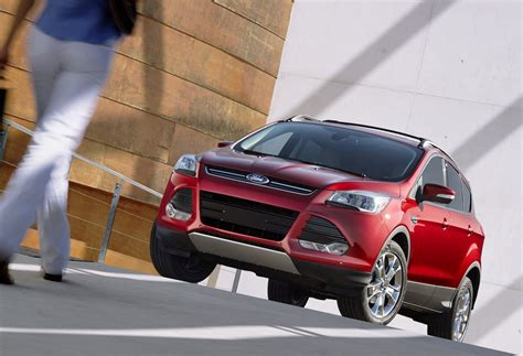 ford fusion escape  software update  fix fire flaw