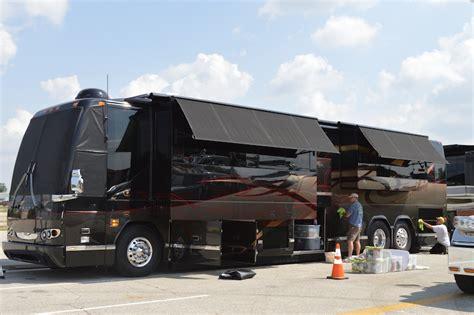 Garage Designs Of St Louis prevost coaches for sale
