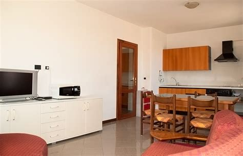 appartamenti arredati in affitto alloggi arredati in affitto per lavoratori alloggi rimaz