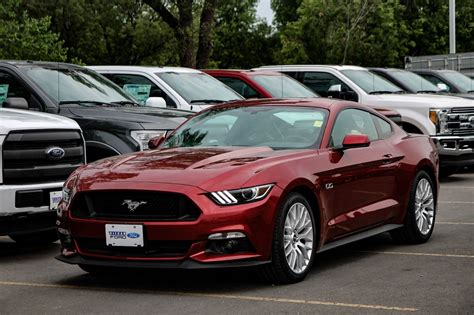 Mustang Auto Rot by New 2017 Ford Mustang Coupe Gt Premium Ruby Tinted C C