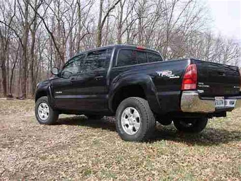 Toyota Tacoma 4 Door 4x4 For Sale by Buy Used 2005 Toyota Tacoma Crew Cab 4 Door 4x4 In Macomb