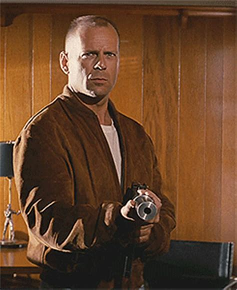 film quentin tarantino bruce willis film gif find share on giphy