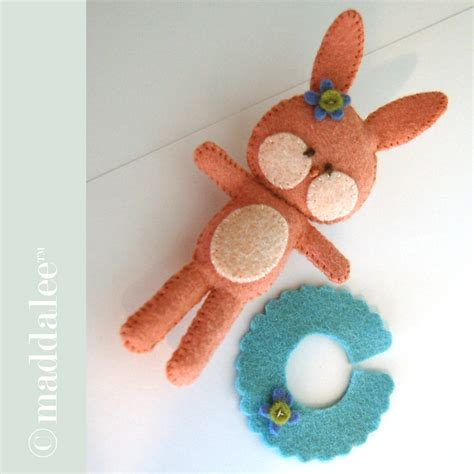 free pattern felt toys bitty bunny felt toy sewing pattern tutorial tip junkie