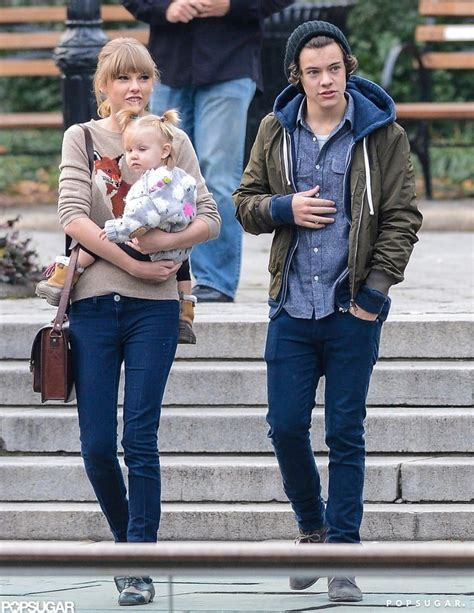 taylor swift style popsugar taylor swift and harry styles pictures popsugar