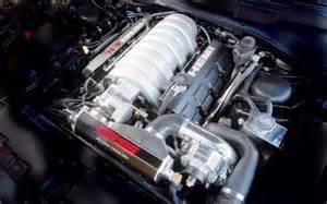 2006 Chrysler 300 Motor 2005 Chrysler 300 Srt8 Supercharged Road Test Motor Trend