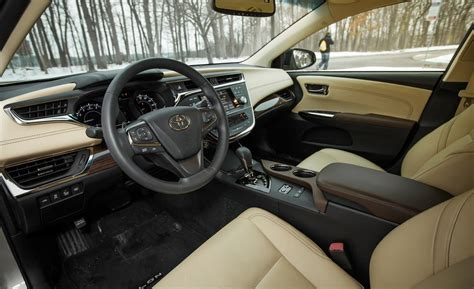 Toyota Avalon Interior 2013 Toyota Avalon Hybrid Interior Brown Hairs