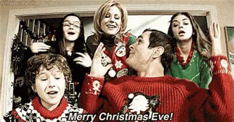 merry christmas eve gif christmaseve modernfamily discover share gifs