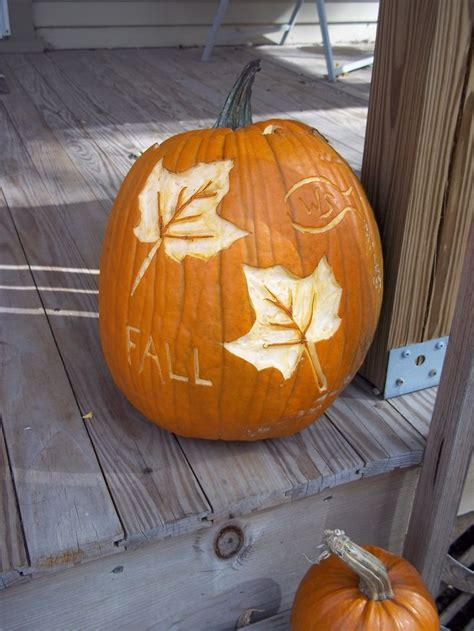 leaf pattern pumpkin carving pumpkin carvings fall leaves and carving on pinterest