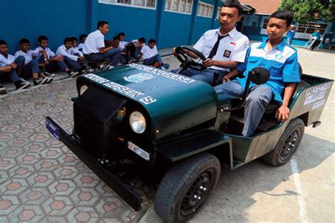 mobil jeep lama rakit mobil jeep dari mesin motor itu mengasyikka