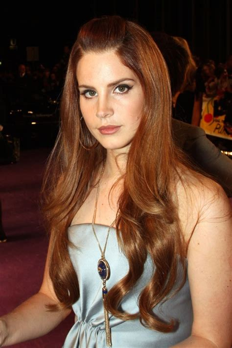 lana del rey wavy ginger long layers pompadour hairstyle