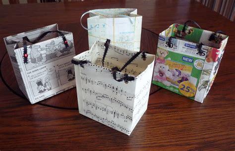 tutorial membungkus kado paper bag beyond the fringe paper bag tutorial