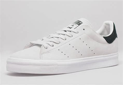 Sepatu Adidas Stanssmith White adidas stan smith vulc white black sneakernews