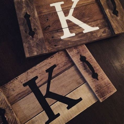 wood tray diy 25 best ideas about pallet tray on pinterest pallet