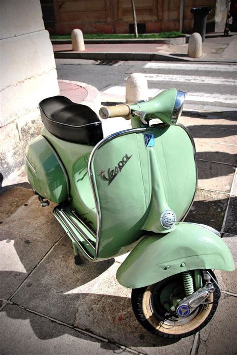imagenes vintage vespa 17 best images about precision instrument of speed and